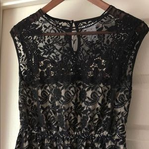 Dresses & Skirts - Stunning Laced Lined Dress